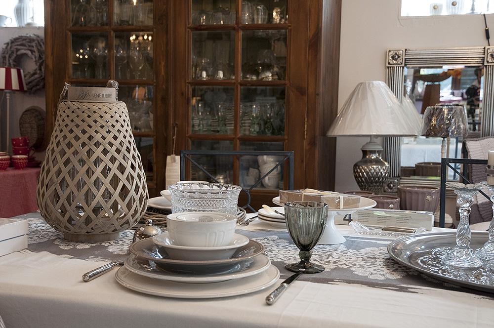 tisch und stuhl gbr gewerbeverband baesweiler. Black Bedroom Furniture Sets. Home Design Ideas